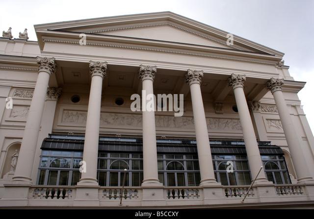 The Royal Opera House Stock Photos The Royal Opera House Stock Images Alamy