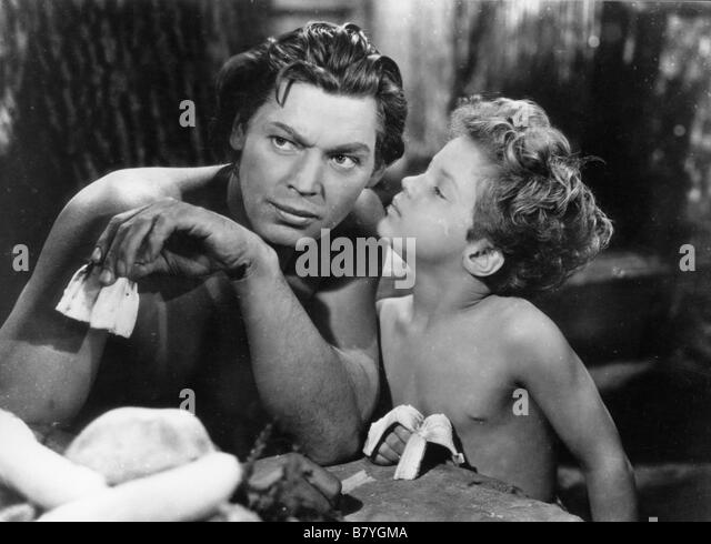 johnny weissmuller as tarzan stock photos johnny weissmuller as tarzan stock images alamy. Black Bedroom Furniture Sets. Home Design Ideas