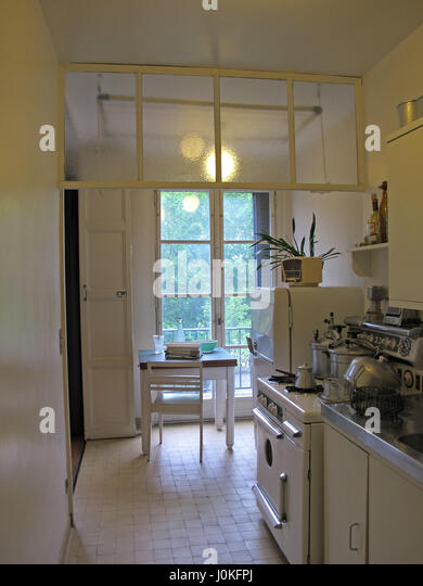 Appartement stock photos appartement stock images alamy for Maison temoin