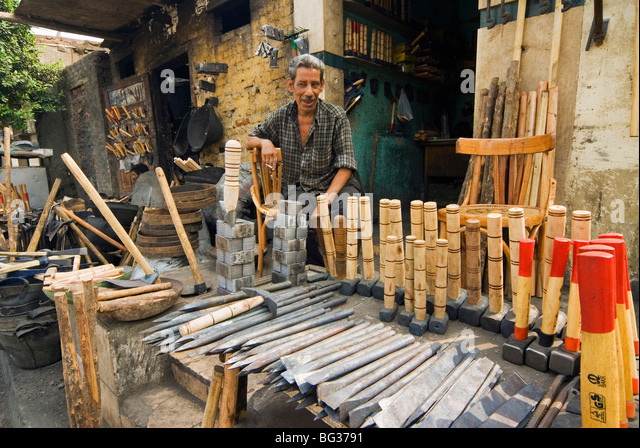 Carpentry shop stock photos carpentry shop stock images for Cairo outlet