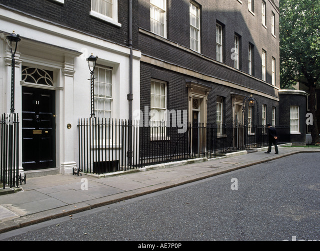 11 downing street stock photos 11 downing street stock images alamy. Black Bedroom Furniture Sets. Home Design Ideas