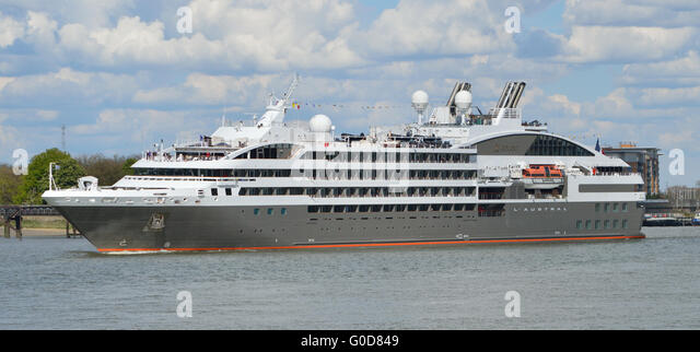 French Cruise Ship Stock Photos Amp French Cruise Ship Stock