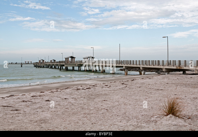 Fort de soto stock photos fort de soto stock images alamy for Fort desoto fishing pier