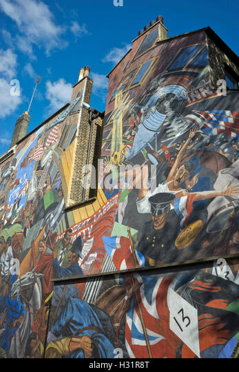 80th stock photos 80th stock images alamy for Battle of cable street mural