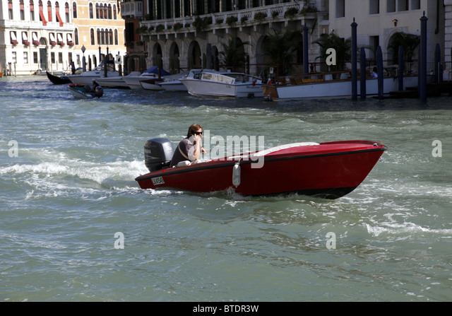 venice italy speed boats - photo#39