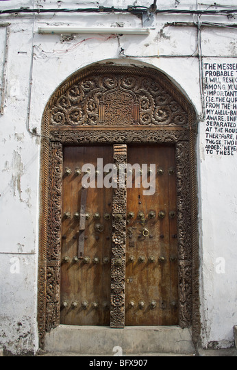 Carved wooden doors in Stone Town Zanzibar - Stock Image & Zanzibar Doors Stock Photos \u0026 Zanzibar Doors Stock Images - Alamy
