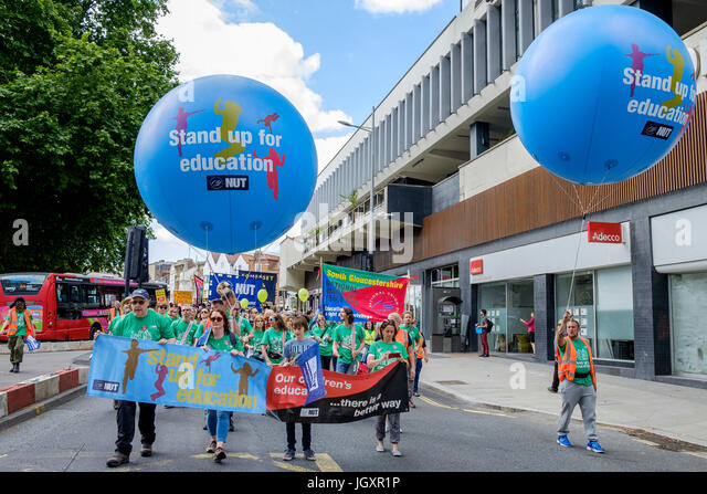 Bristol, UK, 5th July, 2016. Striking teachers and their supporters are pictured as they make their way through - Stock Image