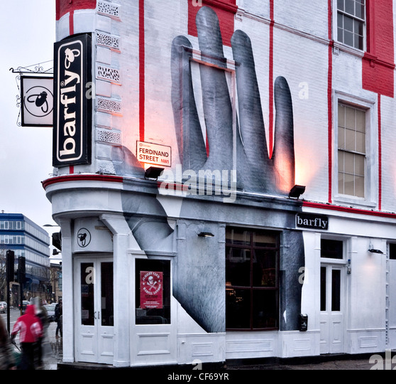 Top Five Live Music Venues In London: Live Music Venue Camden Stock Photos & Live Music Venue