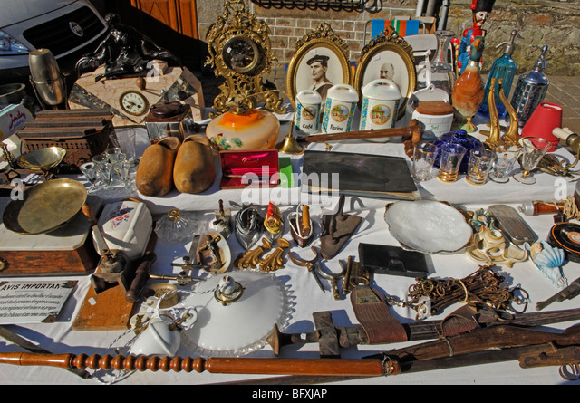Brocante normandy stock photos brocante normandy stock images alamy - Vide grenier dans l orne ...