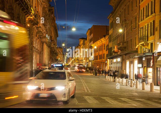 via rizzoli bologna - photo#35