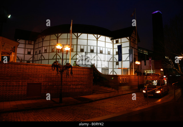 Globe Theatre on Bankside London - Stock Image & Globe Theatre London Night Stock Photos u0026 Globe Theatre London ... azcodes.com