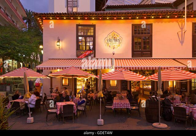Canary islands restaurant stock photos canary islands restaurant stock images alamy - Mcdonald s puerto de la cruz ...
