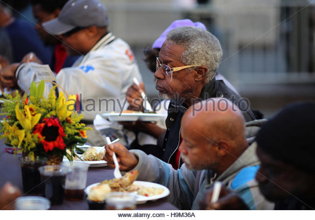 Skid row los angeles stock photos skid row los angeles for What do people eat on thanksgiving