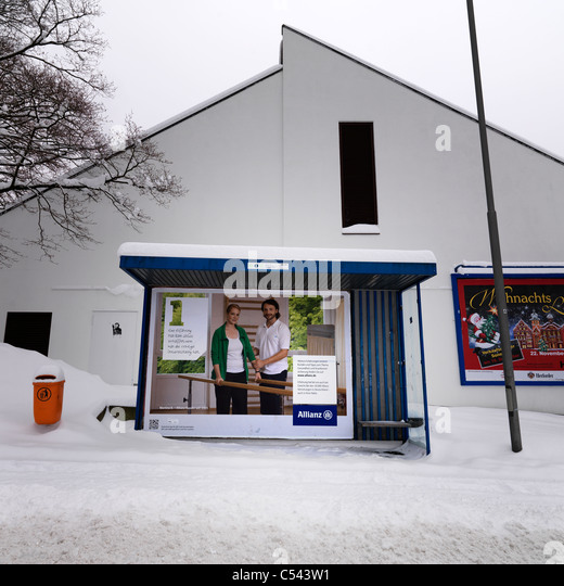 bus stop snow germany stock photos bus stop snow germany stock images alamy. Black Bedroom Furniture Sets. Home Design Ideas