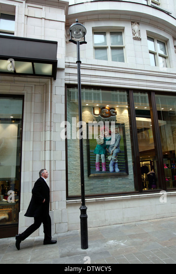 ugg store 42nd street