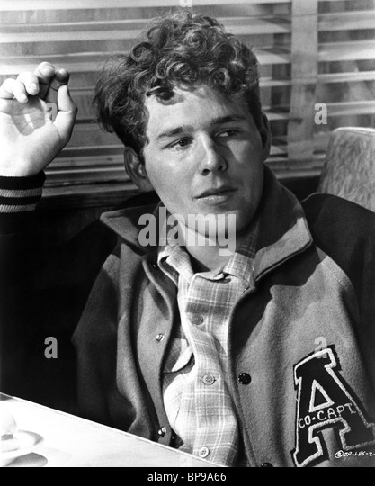 timothy bottoms brothers