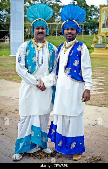 National dress of punjab pakistan pictures