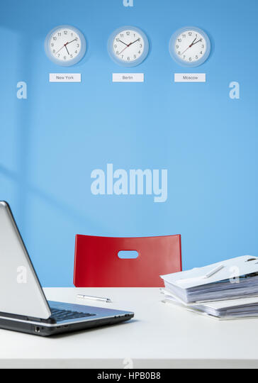 Rotem stock photos rotem stock images alamy for Schreibtisch wand
