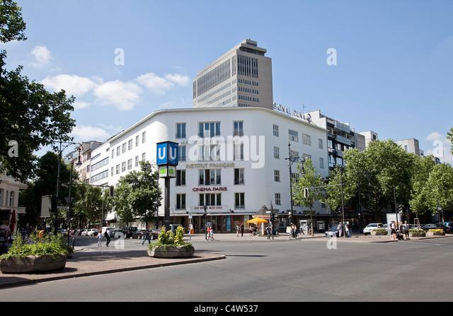 Institut Francais Stock Photos & Institut Francais Stock ...