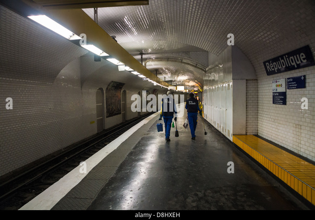 republique metro station stock photos republique metro station stock images alamy. Black Bedroom Furniture Sets. Home Design Ideas