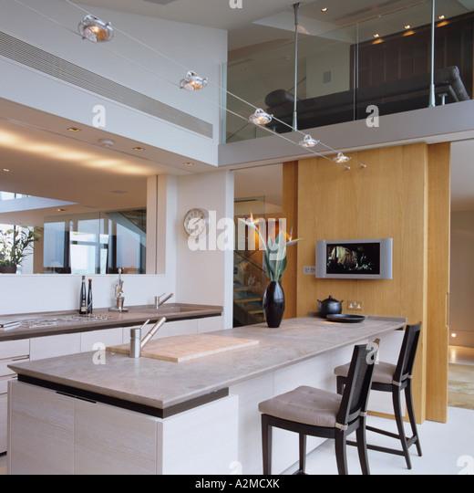 Kitchen Worktops York Uk: Mezzanine Apartment Stock Photos & Mezzanine Apartment