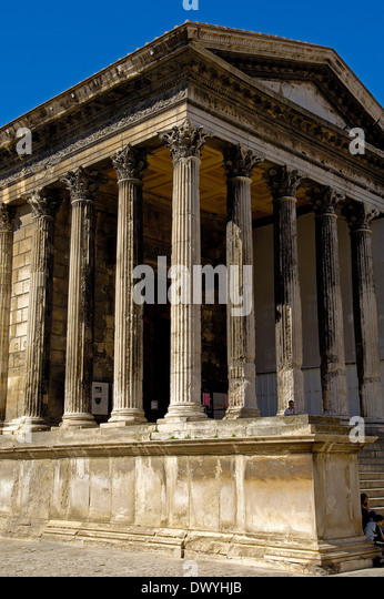 Carree stock photos carree stock images alamy - Maison carree nimes ...