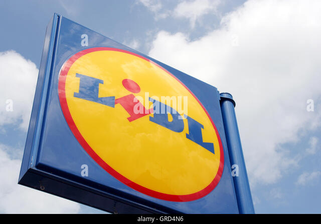 Lidl Logo Stock Photos Amp Lidl Logo Stock Images Alamy