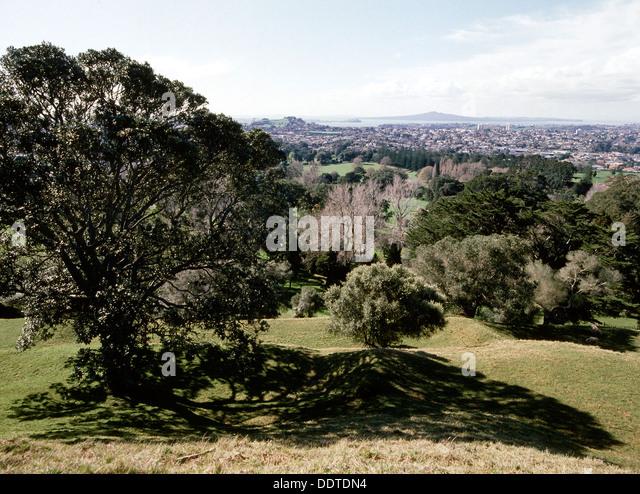 Tgn stock photos tgn stock images alamy for Landscaping rocks auckland
