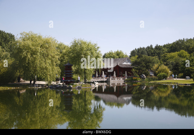 berlin chinesischer garten chinese garden stock photos berlin chinesischer garten chinese. Black Bedroom Furniture Sets. Home Design Ideas