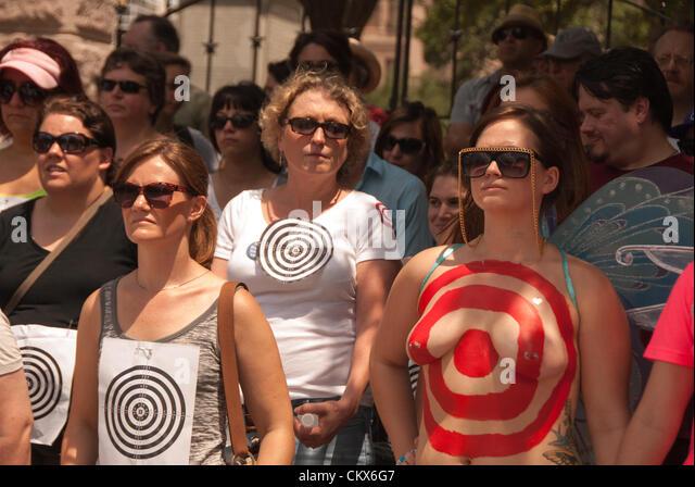 Women Austin Texas Protest Stock Photos Amp Women Austin