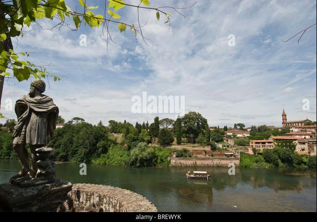 Terrace overlooking river stock photos terrace for Jardin 4 saisons albi
