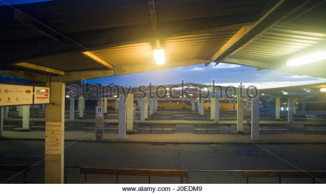 europeview of view of deserted bus station near the german border with czech republic - Bordre Bad Bilder