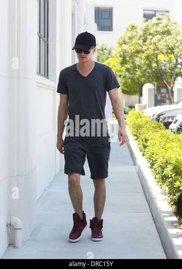 Hayden Christensen Visits Furniture Stores In Culver City Los Angeles,  California   14.07.12