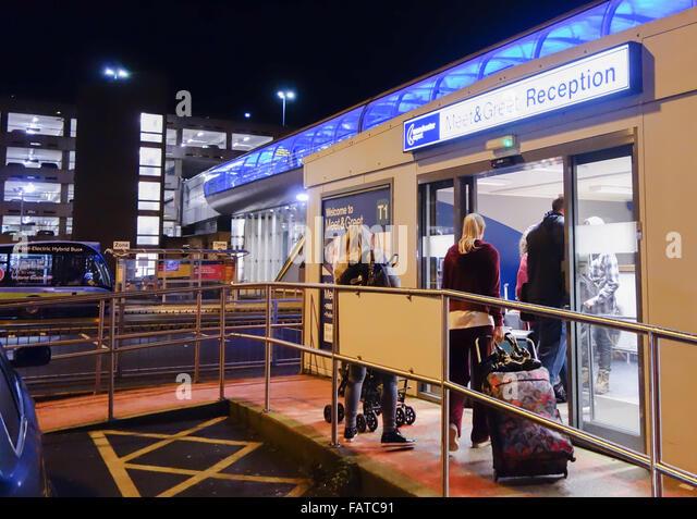 manchester airport meet and greet terminal 2