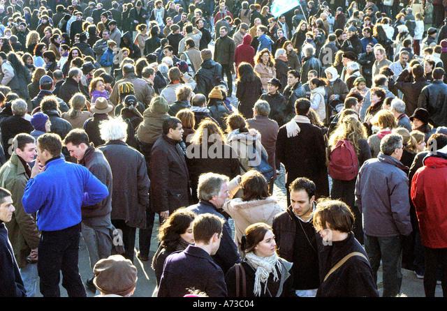 French people men women talking stock photos french people men women talking stock images alamy - Monoprix saint jean de luz ...