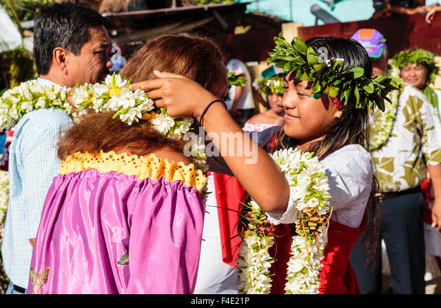 French Polynesian Clothing