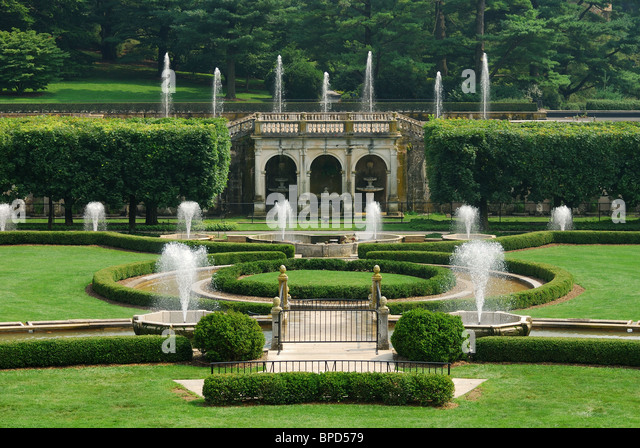 Fountains In Garden With Green Lawn From Longwood Garden, Pennsylvania.    Stock Image