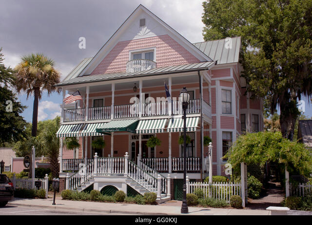 Historic vernacular architecture stock photos historic for Beaufort sc architects