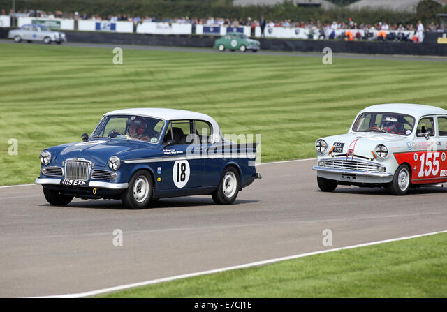 Saloon Cars Stock Photos Amp Saloon Cars Stock Images Alamy