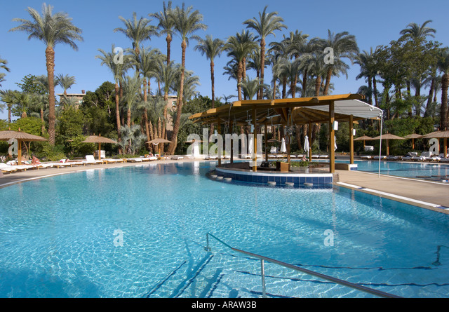 Palace egypt stock photos palace egypt stock images alamy for Royal swimming pools memphis tn