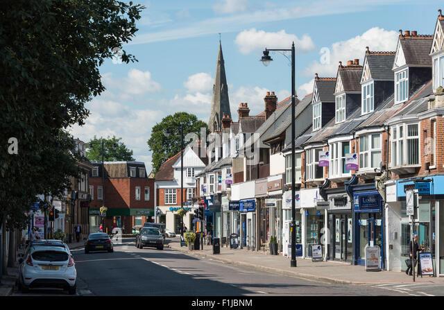external image high-street-weybridge-surrey-england-united-kingdom-f1jbnm.jpg