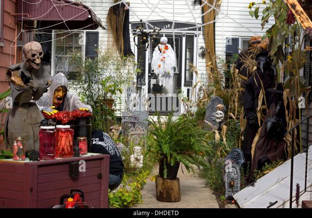 Salem Massachusetts Halloween Stock Photos & Salem Massachusetts ...