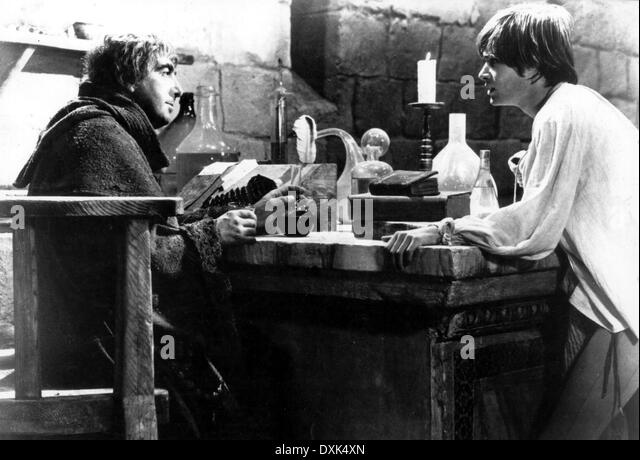 The Apothecary Romeo And Juliet