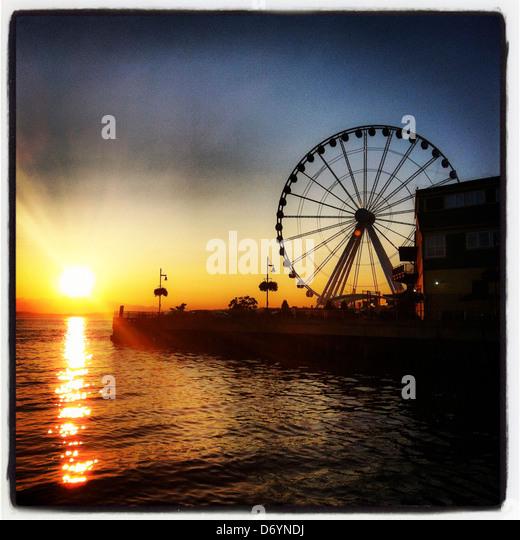 Amusement Ferris Wheel Stock Photos & Amusement Ferris ...