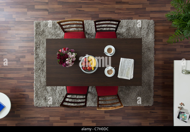 Dinner Table Overhead View : Dining Table Overhead Stock Photos & Dining Table Overhead Stock ...