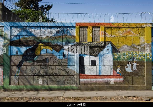 Fsln mural stock photos fsln mural stock images alamy for Mural nicaraguense