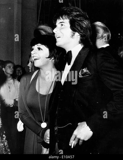 Desi Stock Photos  amp  Desi Stock Images   Alamy Alamy Singer Liza Minnelli with Desi Arnaz Jr    Stock Image
