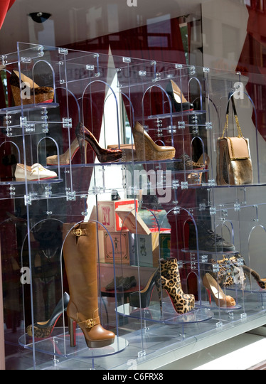 christian louboutin store spain