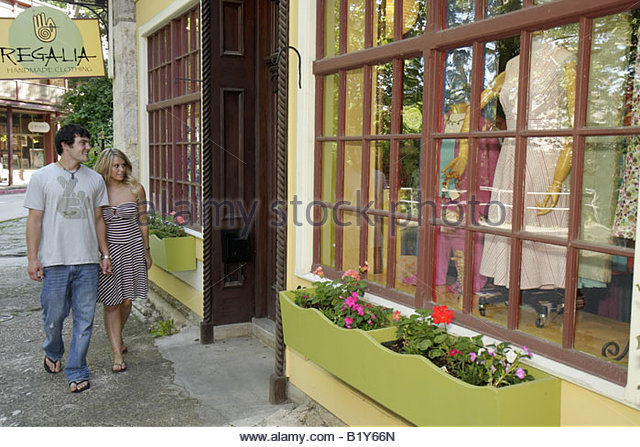 eureka springs single mature ladies The single women i know would just like to because you ladies are i have slept with women of all ages and i think the more mature women are warmer.