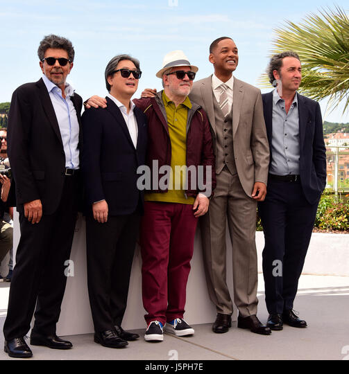 Cannes, France. 17th May, 2017. Gabiel Yared, Park Chan-Wook, Pedro Almodovar, Will Smith, Paolo Sorrentino attending - Stock Image
